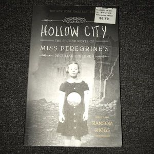 Other - Ms Peregrine's Peculiar Children Hollow City